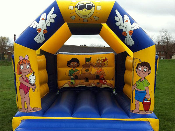 Beach Themed Bouncy Castle (C) 12ft x 15ft x 11ft£65 Please quote castle number: 2