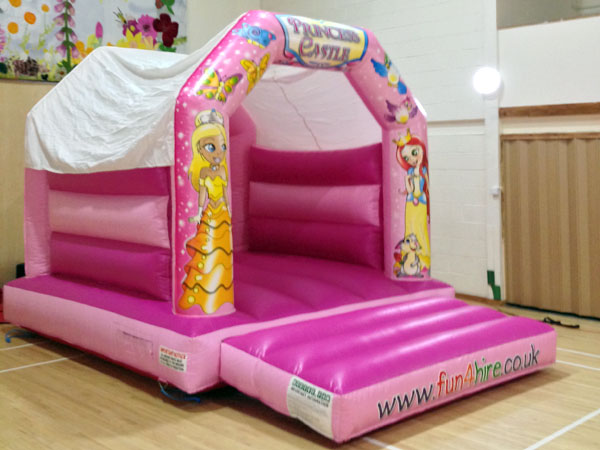 Princess bouncy castle. 16ft x 11ft x 11ft£65. Please quote number: 68