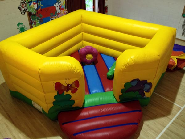 Toddlers Activity Bouncy Castle 20ft x 18ft x 7ft£65 Please quote castle number: 42