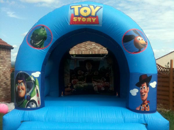 Toy Themed Bouncy Castle (C) 13ft x 16ft x 11ft£65 Please quote castle number: 13