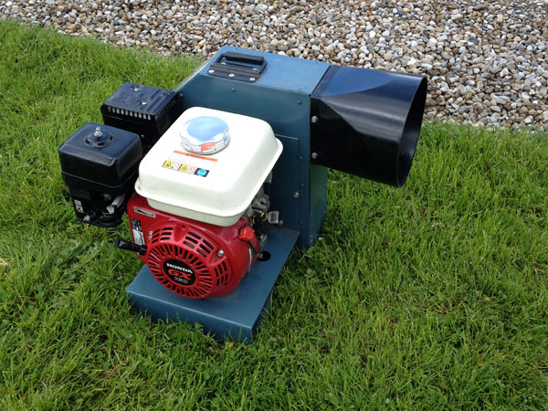 Petrol Blower�will inflate 1 inflatable. approx run time: 2 hours. £45 per day includes 1 x full tank of fuel.