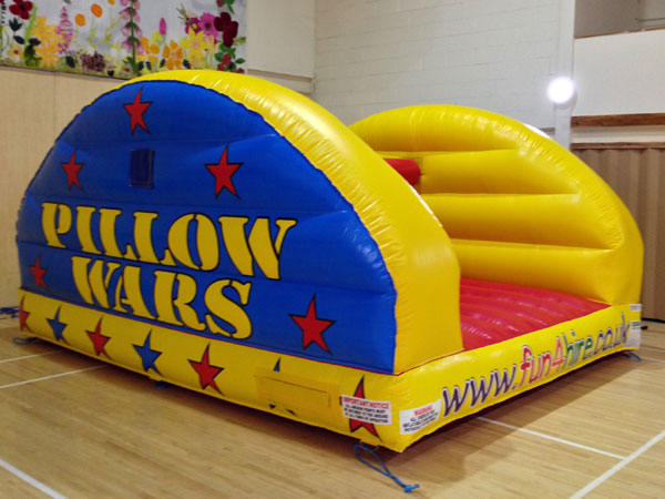 Deluxe inflatable pillow bash