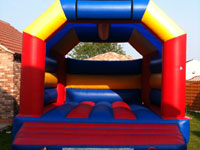 20ft long x 15ft wide x 14ft high adults and childrens bouncy castle �90