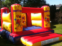 12ft x 15ft x 9ft Party Time four poster bouncy castle �60